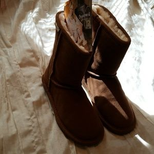 Bear Paws Short Boots